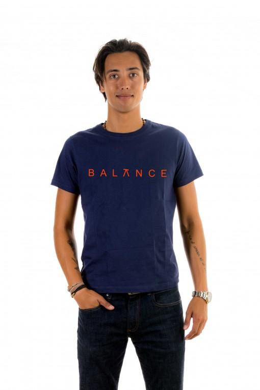 T-shirt Balance