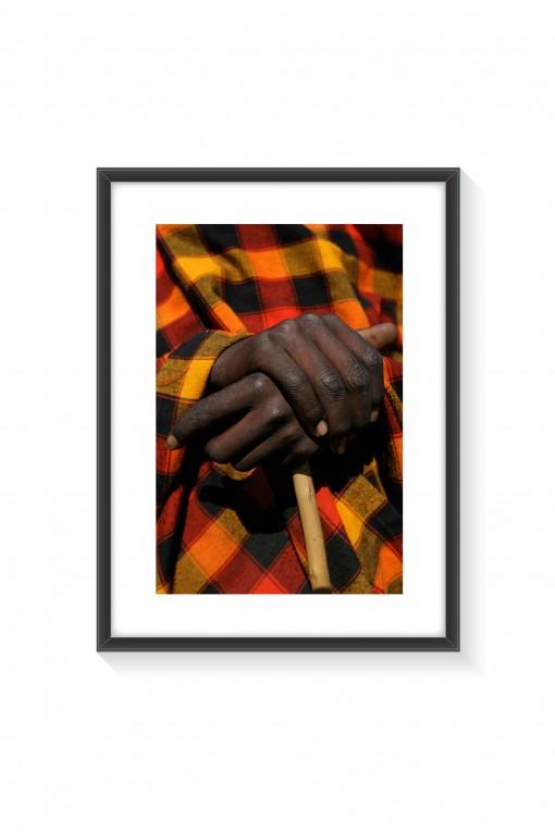 Poster with frame Hands - Kenya By Emmanuel Catteau