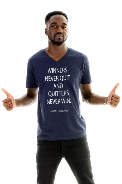 T-shirt v-neck Winners Never Quit