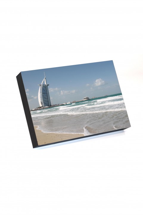 Frame to go Burj Al Arab Dubai - UAE  By Emmanuel Catteau