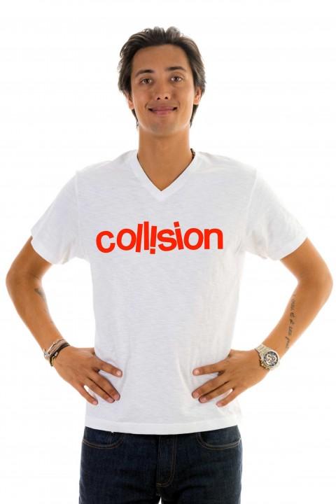 T-shirt v-neck Collision
