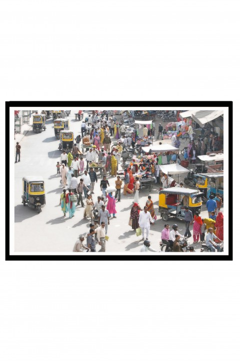 Poster with frame One Billion People - India By Emmanuel Catteau