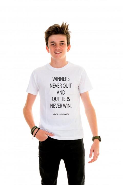T-shirt Kid Winners Never Quit